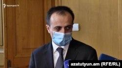 Министр здравоохранения Арсен Торосян