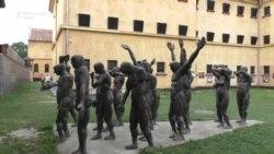 """În vizită la memorialul de la Sighet: """"Toată lumea trebuie să cunoască trecutul ca să înțeleagă viitorul"""""""