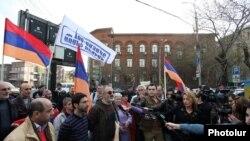 Armenia - Founding Parliament activists speak to reporters, Yerevan, 7Apr2015.