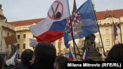 Демонстрация против прибытия в Европу мигрантов. Прага, 6 февраля 2016 года.