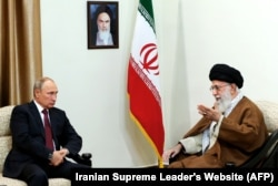 دیدار پوتین و خامنهای در ۲۰۱۷