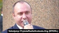 Генадій Басов