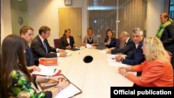 Підписання угоди між Сербією та Косовом, Брюссель, 25 серпня 2015 року