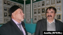 Айдар Хәлим һәм Тәлгат Әхмәдишин Иж-Бубый музеенда