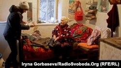 Галина Егорова и пенсионерка Елизавета Атаманова