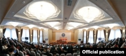 Парламентда яқин кунларда янги ҳукмрон коалиция шаклланиши кутилмоқда.