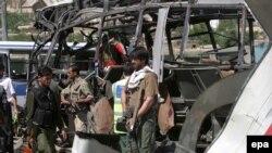 به جز کشته شدگان دست کم ۳۵ نفر دیگر نیز بر اثر این انفجار زخمی شدند.