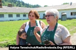Катерина Лісова і Катерина Ільків із донькою Іриною