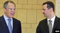 Министр иностранных дел России Сергей Лавров (слева) и президент Сирии Башар Асад