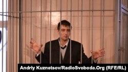 Роман Ландік під час суду, фото 2011 року