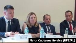 Журналистка Елена Милашина и правозащитник Игорь Каляпин, 23 июля 2019 г.