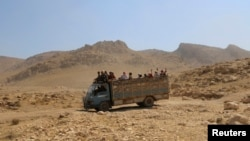 Синжар маңынан езидтерді эвакуациялау кезі. Ирак, 13 тамыз 2014 жыл.
