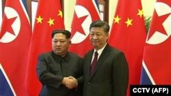 دیدار شی جینگپینگ رئیس جمهور چین و کیم جونگ اون رهبر کره شمالی در تاریخ ۲۷ مارس در شهر پکن