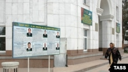 "Narodetski: ""Hut M.Garryýew G.Berdimuhamedowy saýlaw geçirmezden, Türkmenistanyň prezidenti diýip yglan edip boljakdygyny aýdypdy""."