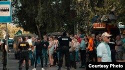 Ընդդիմության թեկնածուի աջակիցների հավաքը խափանվել է, Սոլիգորսկ, 4 օգոստոսի, 2020թ.