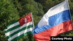 По мнению Инала Хашиг, Сурков может действительно повлиять на изменение вектора российско-абхазских отношений