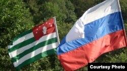Только Москва является реальной силой, способной защитить Абхазию от реваншистских устремлений Тбилиси