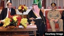 د سعودي باچا د پاکستاني پوځ مشر او وزیراعظم سره