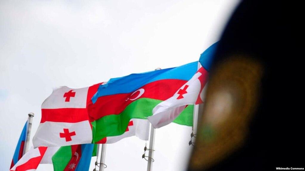 Бюст Михаила Авакяна вызвал противоречия между Баку и Тбилиси