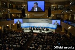 Петр Порошенко на конференции в Мюнхене. 13 февраля 2016 года