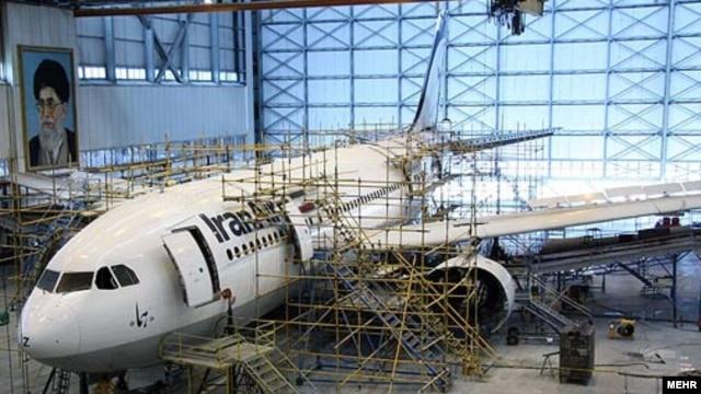تعمیر یک هواپیمای بوئینگ ایران ایر