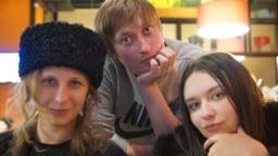 Membri Pussy Riot: Maria Alekina, Aleksandr Sofeyev, Olga Borisova.