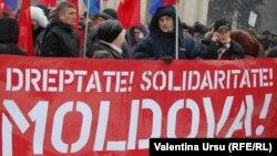 La o manifestanție comunistă antiguvernamentală...