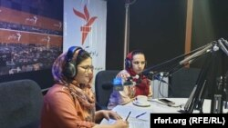 Afghanistan -- Afghanistan Human Rights Commission member Shabnam Salehi during (Women Leader) program with Azadi Radio reporter Freshta Ghani in Kabul bureau's studio, 27 August 2019