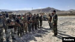 Бадахшан провинциясынын Файзабад шаарындагы ооган аскерлери. 4-июль, 2021-жыл.