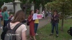 Гражданскому обществу Беларуси нужна помощь мира и России – Алексиевич (видео)