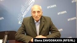 Транспортировку мусора в том виде, в каком она существует в Абхазии, Александр Цеховой считает крайне неэффективной