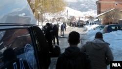 Убиството се случи на 28 февруари 2012 во Гостивар.