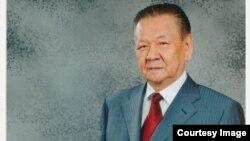 Ұзақбай Қараманов, мемлекет қайраткері, саясаткер (Сурет Алматы қалалық әкімдігінің баспасөз қызметінен алынған).