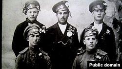 Начало большого пути: одни из первых латышских добровольцев в 1915 году