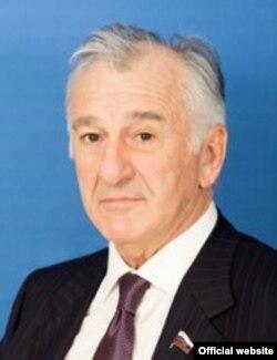 Вячеслав Дерев