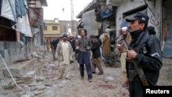 Pamje pas një sulmi të mëhershëm në Pakistan