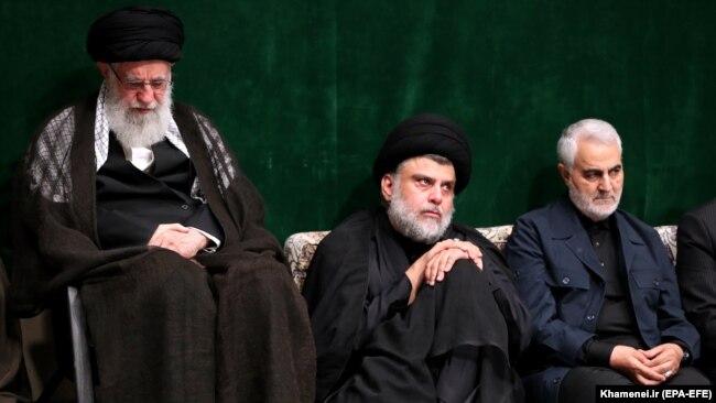 Qassem Soleimani (R), Iranian Supreme Leader Ayatollah Ali Khamenei (L) and Iraqi Shia cleric, politician and militia leader Muqtada al-Sadr in Tehran, Sept. 10, 2019 - FILE
