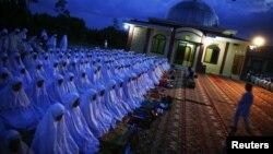 این پژوهش براساس گفتوگو با ۳۸ هزار تن از مسلمانان ۳۹ کشورر مسلمان صورت گرفته است.