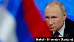 Президент России Владимир Путин на пресс-конференции в Москве, 20 декабря 2018 года