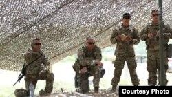 """Архивска фотографија - Подготовки за воената вежба """"Одлучен удар"""" на која учествуваат припадници на АРМ и НАТО-партнерите. Фотографии одАРМ."""