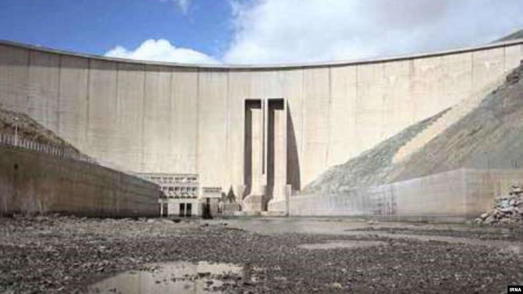 کاهش ۴۸ درصدی بارش در ایران نسبت به دوره آبی سال ۹۵