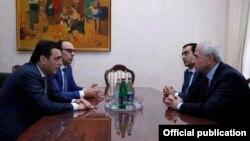 Գյուղնախարարի հանդիպումը «Սպայկա»-ի տնօրենի հետ, Երևան, 27-ը նոյեմբերի, 2015թ․