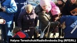 Переселенцы из Донбасса во Львове