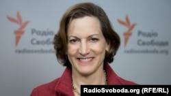 Журналістка Енн Епплбаум є лауреатом Пулітцерівської премії