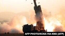 این تصویر ۱۰ آبان ماه توسط خبرگزاری رسمی کره شمالی ارائه شدهاست
