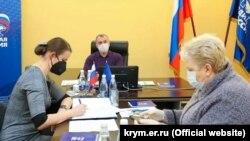 Спикер российского парламента Крыма Владимир Константинов на совещании в крымской организации «Единая Россия»