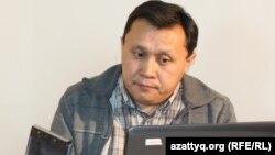 Рахат Мамырбек Азаттықтағы онлайн-конференция кезінде.