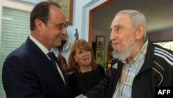 Фидель Кастро встречается с президентом Франции Франсуа Олландом. Гавана, 11 мая 2015 года.