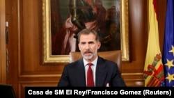 Mbreti Felipe gjatë fjalimit të mbrëmshëm televiziv për situatën pas referendumit në Katalonjë