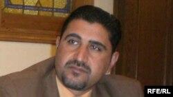 نظر عبدالوحيد الرضحی پيشتر از سوی گروههای عراقی به دليل کار برای رسانه های خبری غیرعراقی و همچنين تسليم نشدن در برابر خواسته های افراطيون، تهديد به مرگ شده بود.